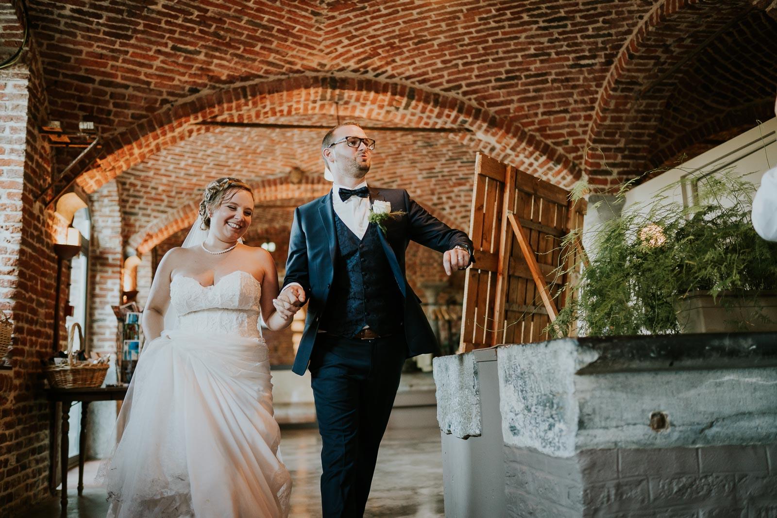 Les mariés arrivent !