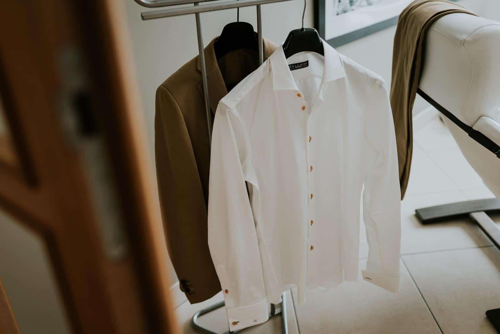 La tenue du marié est prête…