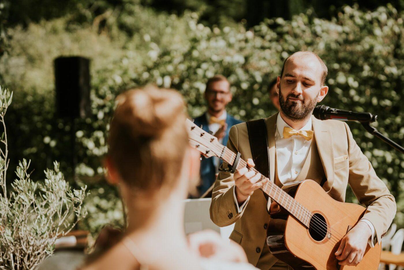 Les vœux du marié en musique - Cérémonie laïque… Chateau de Morbecque…