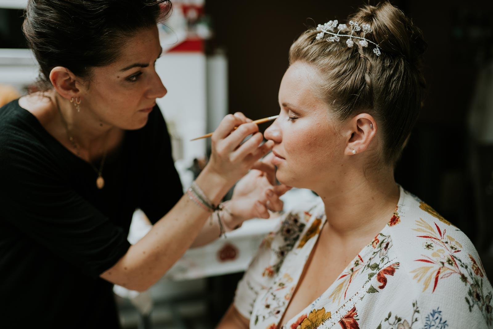 Séance maquillage à domicile…