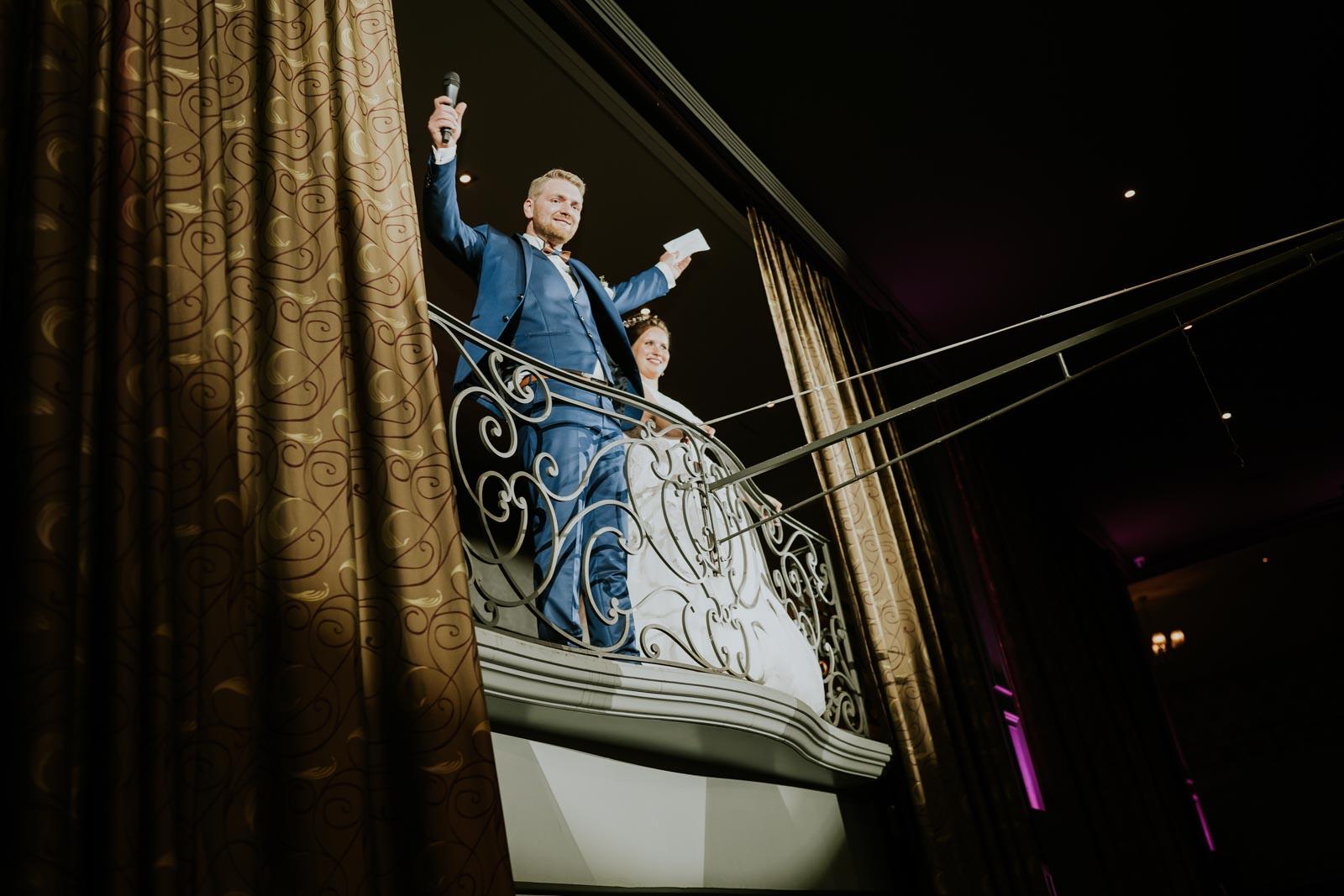Découverte des mariés aux Salons Cortina.