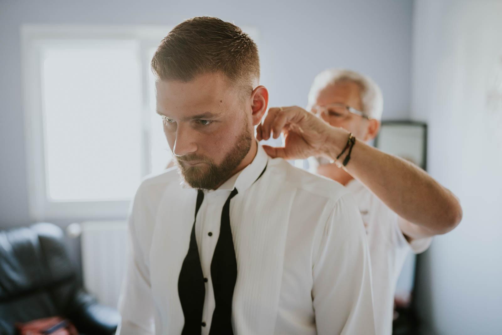 Préparatifs du marié…