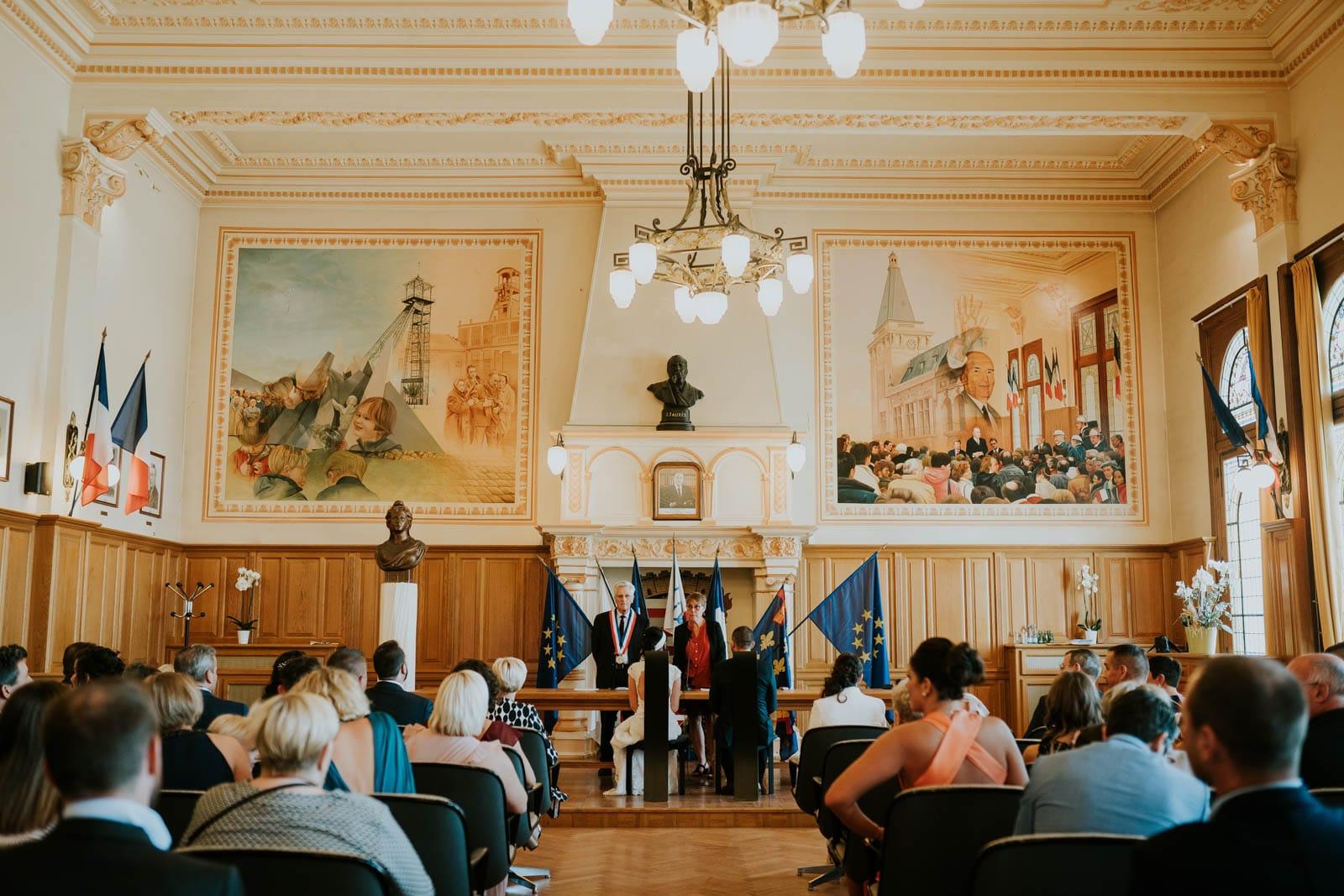 Cérémonie à la mairie de Lièvin.