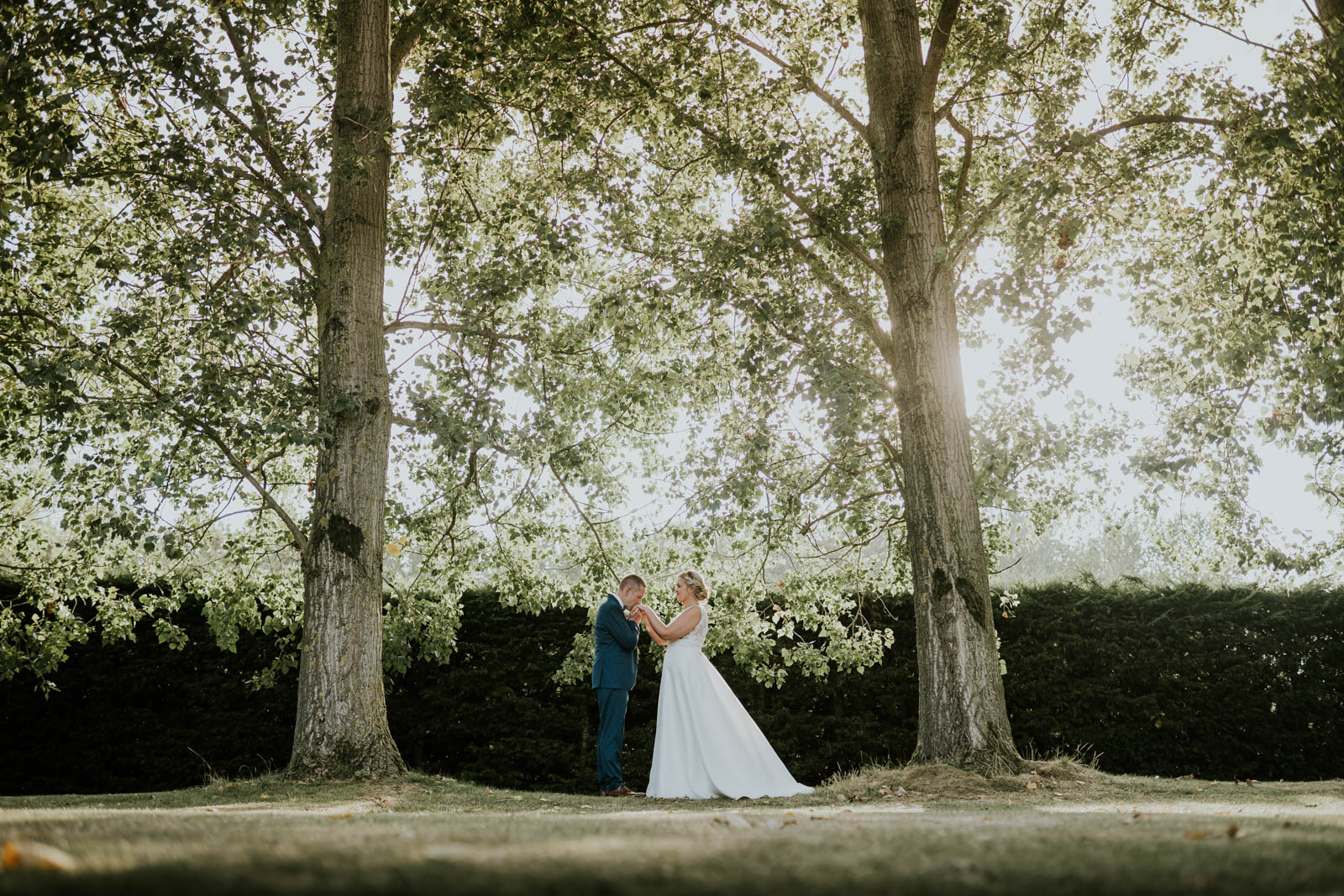 Photo de couple nature - photographe de mariage