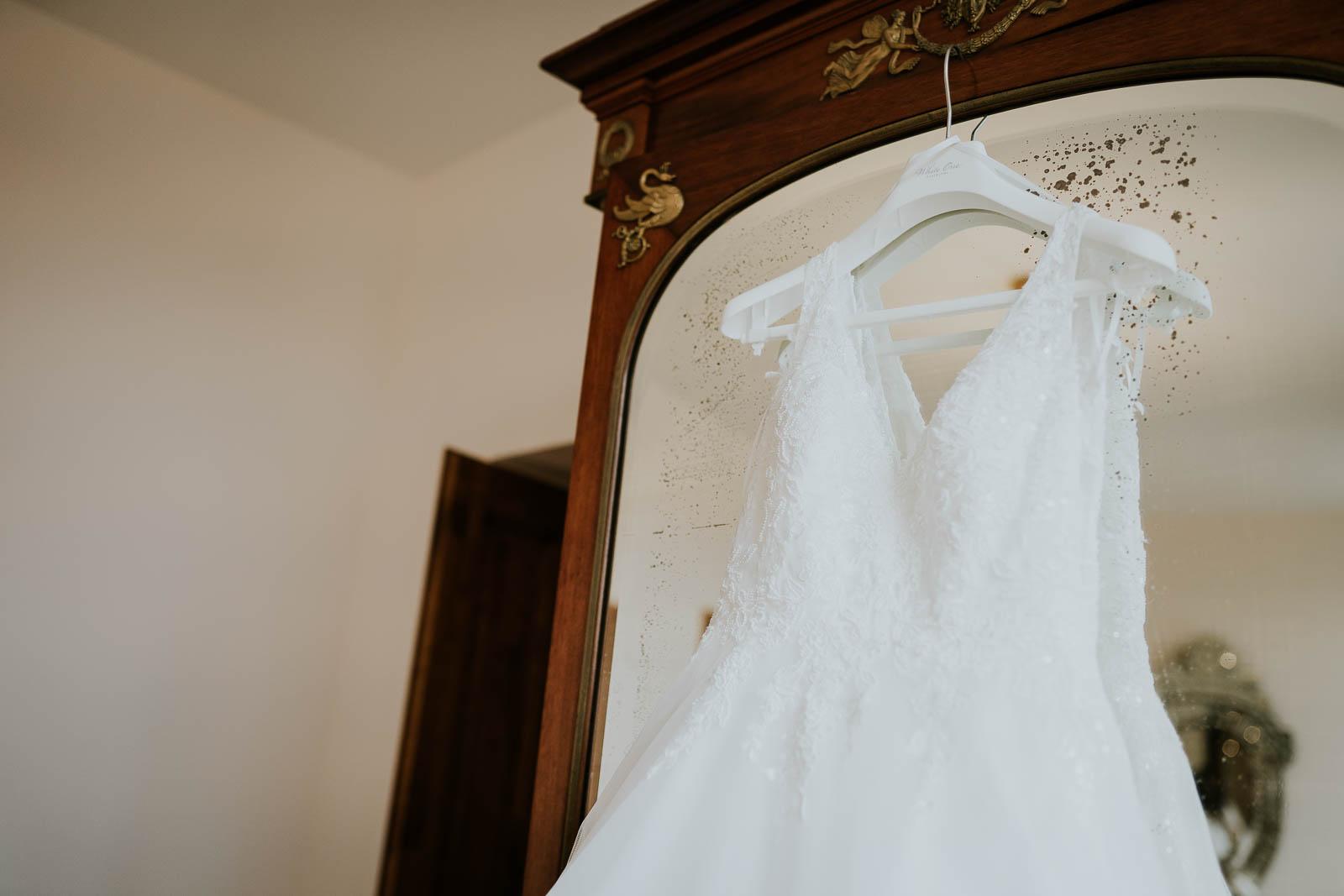La robe de mariée au Domaine de la Traxène…